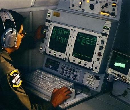Торговцы хламом: США толкнули японцам «Эксклюзивный» AWACS